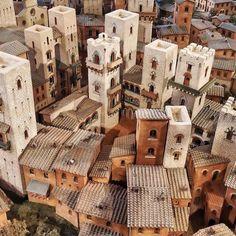 Reproduction of the ancient #sangimignano #Unconventionalsangi #shareyoursangi by mytravelintuscany