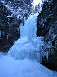 Waterfall, Alberta
