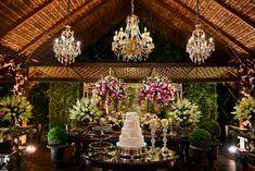 5 paletas de cores em 15 diferentes ideias de decoração de casamento - das clássicos as mais modernos. Chegou a hora de encontrar uma para chamar de sua!