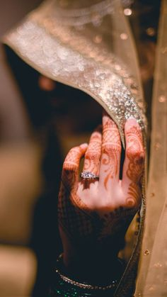 Pakistani Engagement Dresses in USA - Prom Dresses Design Pakistani Engagement Dresses, Engagement Dress For Bride, Pakistani Bridal Dresses, Beautiful Pakistani Dresses, Indian Wedding Couple Photography, Bride Photography, Photography Editing, Bride Poses, Bridal Outfits