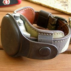 Military watch strap 20mm. Canvas & genuine leather. Protective cover. Author's work. Handmade. #military #militarygift #gift #watchstrap Army Gifts, Military Gifts, Retro Fashion, Vintage Fashion, Watch Straps, Christmas Things, Fashion Watches, Leather Craft, Watch Bands