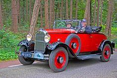 """Citroën C4 G Roadster 1932 Engine: 1767cc straight-4 L-head """"moteur flottant"""" Power: 32 bhp / 2.700 rpm Speed: 95 km/h Production: 1932"""