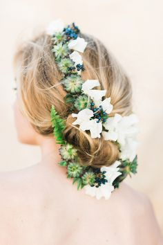 Photography : Ashley Ludaescher Photography Read More on SMP: http://www.stylemepretty.com/little-black-book-blog/2015/04/03/3-floral-hair-recipes-for-spring/