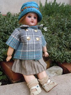 Wonderful Small Bleuette 10 8 inches Tall 60 8 0 | eBay