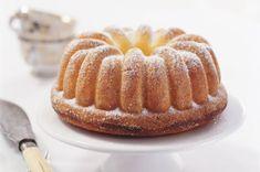 Tvarohová bábovka | Apetitonline.cz Bunt Cakes, Czech Recipes, Pound Cake, Food Hacks, Amazing Cakes, Apple Pie, Sweet Recipes, Sweet Treats, Food And Drink
