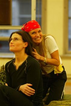 Idina Menzel and Kristin Chenoweth-- LOVE this!!!