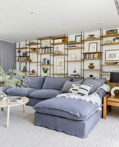 In Defense of the Comfy Sectional—A Friend's Almost-Finished Family Room – Emily Henderson – Sofa Design 2020 Family Room Sectional, Comfy Sectional, Sectional Slipcover, Living Room Sofa, Living Room Furniture, Living Room Decor, Living Area, Large Sectional Sofa, Living Spaces