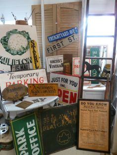 Small Holdings Farm: Signs Are Wonderful