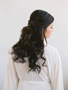 Long bridal hair perfection: http://www.stylemepretty.com/california-weddings/ojai/2015/02/20/elegant-ojai-wedding/ | Photography: Lane Dittoe - http://lanedittoe.com/
