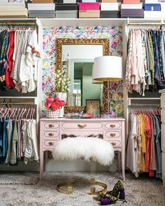 A new decade is about to begin and the trend forecasts are in. Are you looking to refresh your home? Here are 5 home decor trends in 2020 you need to try. Glam Closet, Closet Bedroom, Spare Room Closet, Pink Closet, Wardrobe Room, Master Closet, Deco Cool, Barn Style Doors, Dressing Room Design