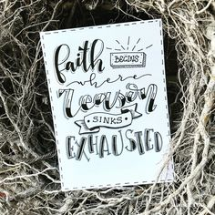 Hand Lettering Tutorial, Doodle Lettering, Hand Lettering Quotes, Calligraphy Quotes, Creative Lettering, Brush Lettering, Schrift Design, 50 Words, Hand Drawn Type