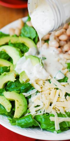 Caesar Salad with Cannellini Beans and Avocado – healthy, gluten free, vegetarian salad. Creamy, rich Cannellini Beans are a great, gluten-free alternative to bread croutons in this Ceasar salad