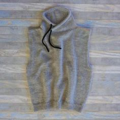 Uldklumpers Friluftsvest Mysize Crochet Vests, Knit Crochet, High Neck Dress, Knitting, Sweaters, Tops, Dresses, Fashion, Turtleneck Dress