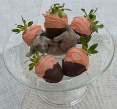 "Strawberry Carrots ~ ""just picked"" with a little ""dirt"" still on them, cute idea!"