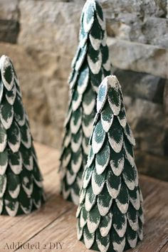 Snow-Capped Wood Biscuit Christmas Trees - You could also do this with flat wooden spoons. Christmas Tree Crafts, Holiday Tree, Christmas Love, Christmas Projects, All Things Christmas, Winter Christmas, Holiday Crafts, Christmas Decorations, Christmas Ornaments