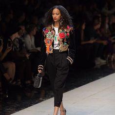 Dolce & Gabbana Spring Summer 2017 Woman Fashion Show   Dolce & Gabbana