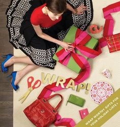 kate spade advertisement is easily recognizable - it usually ...