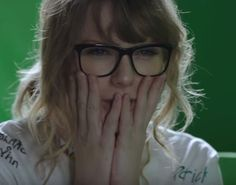 Taylor Swift Album Cover, Taylor Alison Swift, 1989 Tour, Being Good, Look At You, Reaction Pictures, Love Her, Celebrities, Beauty