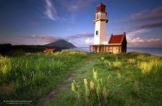 javid Mahatao relaken vahay (beautiful Mahatao lighthouse) by Rawen Balmaña on 500px