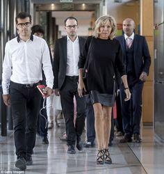 Mme Macron