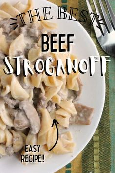 This beef stroganoff is so delicoius and so easy. It's a one-pan meal that everyone loves! #beefstroganoff #onepanmeal One Pan Meals, Easy Meals, Slow Cooker Recipes, Beef Recipes, Creamed Beef, Incredible Recipes, Beef Stroganoff, Barbecue Recipes, Holiday Recipes