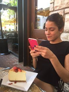 Violetta And Leon, Maia Mitchell, Iconic Women, Ulzzang Girl, Cool Girl, Celebs, Martini, People, Food