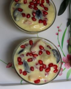 Fruit custard recipe - a creamy easy dessert recipe with milk and fresh fruits, which can be served to large crowds when hosting get together and parties. Custard Recipes, Milk Recipes, Cooking Recipes, Fruit Custard, Snap Food, Indian Dessert Recipes, Food Snapchat, Indian Street Food, Cafe Food