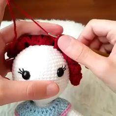 How to make amigurumi step by step cours free Learn how to make amigurumi step by step cours pattern Crochet Dolls Free Patterns, Crochet Doll Pattern, Amigurumi Patterns, Free Crochet, Knit Crochet, Crochet Bunny, Lidia Crochet Tricot, Tutorial Amigurumi, Crochet Videos
