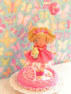 A Sweetiepie Cake Topper in Pretty Pink by SweetiePieCaketopper, $110.00