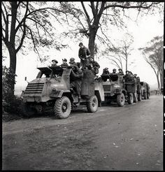The Battle of the Scheldt - Personnel of the Royal Hamilton Light Infantry in GM armoured trucks in Krabbendijke, Netherlands, 17 October Canadian Soldiers, Canadian Army, British Army, Royal Canadian Navy, Armored Truck, British Armed Forces, Ww2 Pictures, Ww2 History, Ww2 Tanks