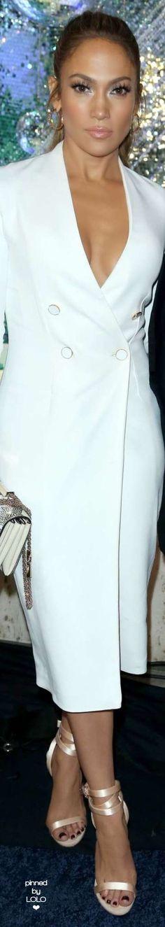 Pinterest: DEBORAHPRAHA ♥️ Jennifer lopez in white blazer dress #jlo #jenniferlopez