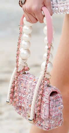 Chanel Spring Summer 2019 Runway Bag Collection | Bragmybag Chanel Fashion Show, Trend Fashion, Fashion Bags, Spring Fashion, Womens Fashion, Ladies Fashion, Fashion Outfits, Fashion Clothes, High Fashion