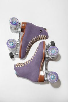 purple skates... are they playing my jam?!