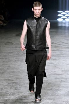 Rick Owens - Moda Uomo Primavera Estate 2013 - Vogue.it