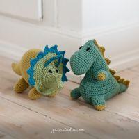 Rose Twine / DROPS 130-17 - Gratis strikkeopskrifter fra DROPS Design Amigurumi Patterns, Knitting Patterns Free, Free Knitting, Baby Knitting, Free Pattern, Crochet Patterns, Drops Design, Poncho Crochet, Bonnet Crochet