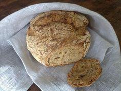 Tosimartan gluteeniton hapanleipä Banana Bread, French Toast, Gluten, Treats, Snacks, Breakfast, Desserts, Food, Healthy