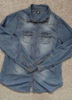 Kup mój przedmiot na #vintedpl http://www.vinted.pl/damska-odziez/koszule/17837401-klasyczna-koszula-jeansowa-hm-38-boyfriend