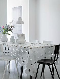 VTwonen modern lace Dining Table, Lace, Modern, Furniture, Home Decor, Trendy Tree, Decoration Home, Room Decor, Dinner Table