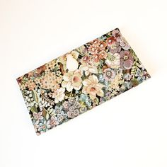 Vintage Tapestry Clutch now featured on Fab. Absolutely G-O-R-G-E-O-U-S!!!✨❤✨