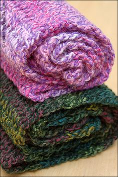 Extremely Easy & Fast to Make Marble Yarn Crochet Scarves - Handmade Gift Idea