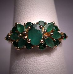 Wedding rings vintage emerald band 46 ideas for 2019 Emerald Band, Emerald Ring Vintage, Emerald Wedding Rings, Wedding Rings Vintage, Wedding Ring Bands, Vintage Rings, Emerald Rings, Emerald Green, Vintage Art