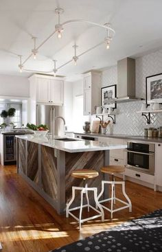 Inspiration in White: Raw Wood - lookslikewhite Blog - lookslikewhite