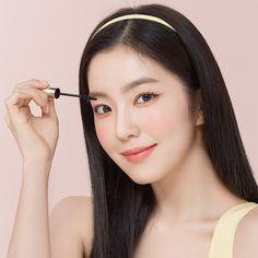 Light Makeup Looks, Red Velvet Photoshoot, Red Valvet, Redvelvet Kpop, Velvet Hair, Red Velvet Irene, Aesthetic Hair, Seulgi, Ulzzang Girl