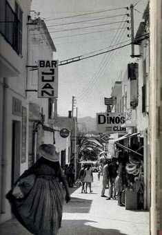 Ibiza Formentera, Strange Photos, Black And White Pictures, Street View, History, Architecture, Traditional Clothes, Photography, Old Pictures