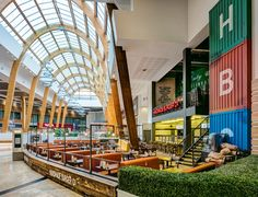 A refurbishment of an existing restaurant situated in the Silverburn Centre Glasgow developing further ideas on the use of reclaimed materials & industrial themes specific to the brand ethos mixed with ideas on its location.
