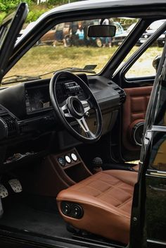 Porsche seats look fine in a MK1