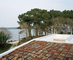 CJWHO ™ (oyster farm hangar, bretagne, france by raum...)