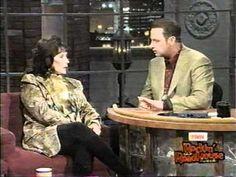 Gary Chapman interviews Loretta, then Loretta sings Somebody , Somewhere