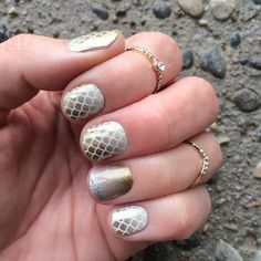 """siren song"" found @ http://taraslovelyjams.jamberrynails.net/product/siren-song#.VQduI2TF8rM"