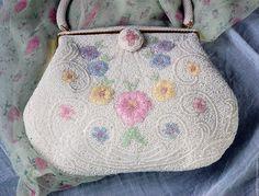Купить Винтажная бисерная театральная сумочка с цветами - винтажная сумка, винтаж, винтажный стиль